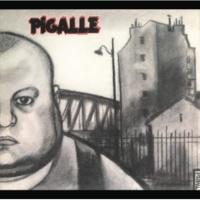 Pigalle Dans La Salle Du Bar-Tabac De La Rue Des Martyrs