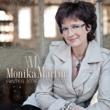 Monika Martin Hinter jedem Fenster