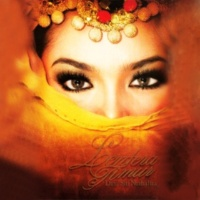 Dato Siti Nurhaliza Senyum Minang Manis