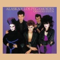 Alaska Y Los Pegamoides Bailando (Versión En Inglés)