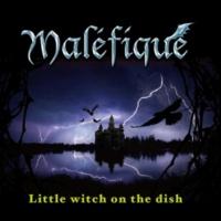 Maléfique Little Witch On the dish