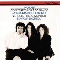 """Katia Labèque/Marielle Labèque/Semyon Bychkov/Berliner Philharmoniker Mozart: Concerto for 3 Pianos and Orchestra (No.7) in F, K.242 """"Lodron"""" - 3. Rondeau (Tempo di menuetto)"""