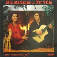 Mia Marianne & Per Filip Gören portarna höga