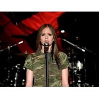 Avril Lavigne Losing Grip (Video)