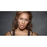 Leona Lewis Footprints in the Sand (Video)