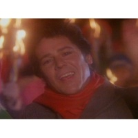 Shakin' Stevens Merry Christmas Everyone (Official Video)
