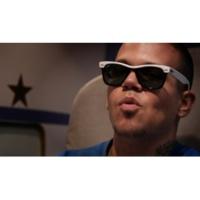 Calle 13 Electro Movimiento (Video - Clean Version)
