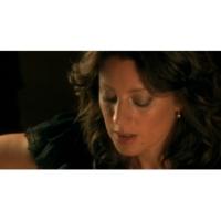 Sarah McLachlan O Little Town Of Bethlehem (VIDEO)