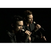 Will Young/Gareth Gates The Long And Winding Road (Video)