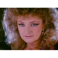 Bonnie Tyler Loving You's a Dirty Job (But Somebody's Gotta Do It) (Video)