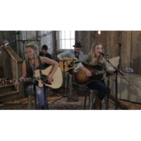 Maddie & Tae Your Side Of Town [Acoustic]