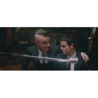 Robbie Williams/Jamie Cullum Merry Xmas Everybody (Official Video) (feat.Jamie Cullum)