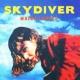Maika Loubte SKYDIVER/LE GONG